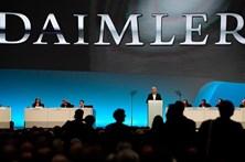 Autoridades alemãs fazem buscas em instalações da Daimler