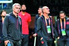 Mourinho procura 4.º título europeu