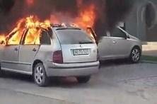 Carro a arder causa pânico em Paredes