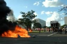 Manifestação deixa Brasília a ferro e fogo