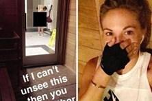 Modelo da Playboy limpa paredes após ridicularizar idosa