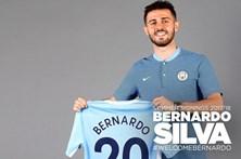 Bernardo Silva apresenta-se aos fãs do Manchester City em português