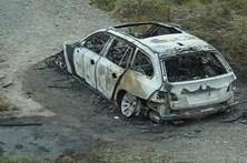 Assaltantes em fuga incendiaram carro após tiroteio