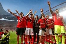 Dobradinha na Taça dá um milhão ao plantel do Benfica