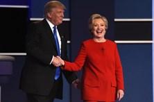 """Clinton considera """"cruel"""" a proposta orçamental de Trump"""