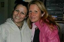 Filha encontra mãe 42 anos depois de ter sido vendida pela parteira