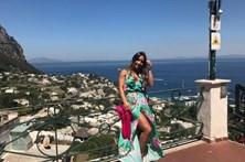 """Luciana Abreu está """"feliz em Capri"""""""