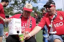 Adeptos fazem a festa da Taça de Portugal