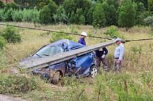 Colisão de automóvel com poste faz um morto em Silves