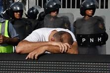 Pelo menos quatro mortos em debandada em estádio nas Honduras