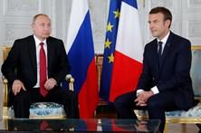 Macron e Putin já estão reunidos em Paris