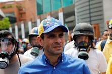 """Líder da oposição denuncia """"emboscada"""" de militares na Venezuela"""