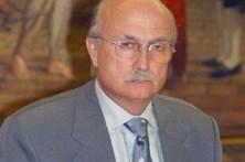 Ministro demitido no domingo vinga-se de Temer
