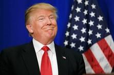 Trump quer colocar painéis solares no muro com o México