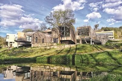 Aqua Village Health Resort&Spa alia luxo à natureza