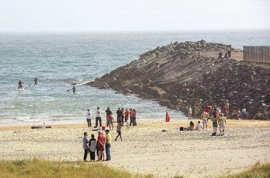 Menino de 10 anos desaparece no mar
