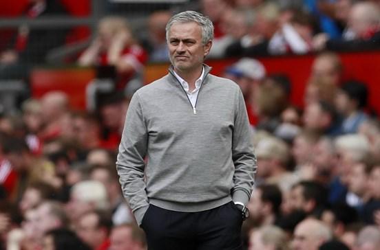 Conferência de imprensa de Mourinho dura 23 segundos