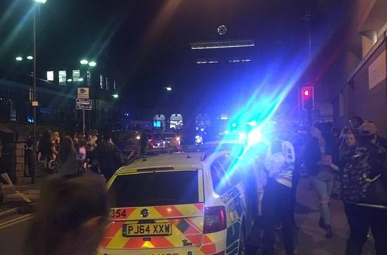 Polícia confirma existência de mortos após concerto de Ariana Grande