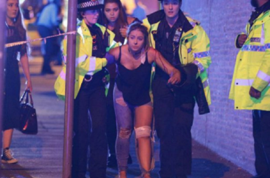 Images mostram terror após concerto de Ariana Grande