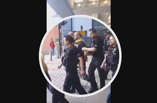 Terror em Centro Comercial de Manchester horas depois do atentado