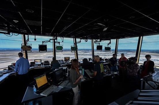 Controladores aéreos passam a reformar-se aos 58 anos