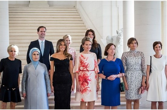 Marido de primeiro-ministro do Luxemburgo acompanha primeiras-damas