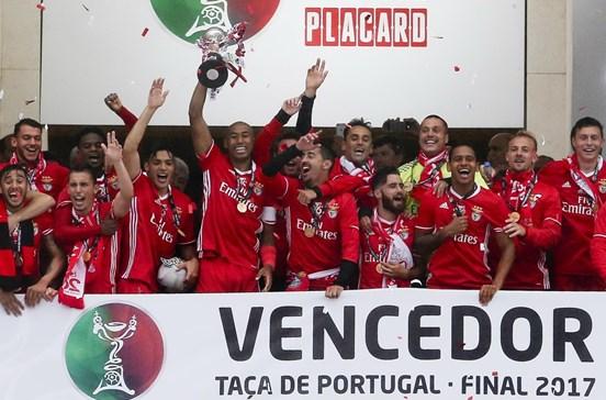 Benfica vence Taça de Portugal e conquista a 11.ª dobradinha