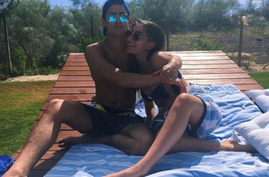 Filha de Mourinho em férias românticas
