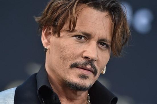 Johnny Depp sugere homicídio de Donald Trump