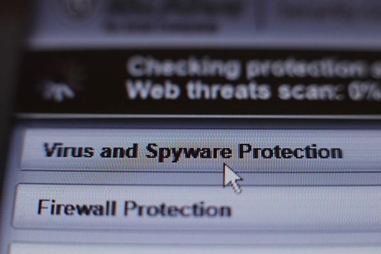 Jovem que freou ataque cibernético global é preso nos EUA