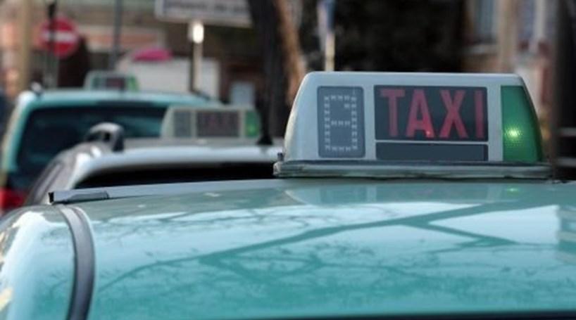 Taxista do Porto agredido a murro em assalto