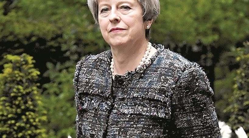 "Theresa May pede apoio dos eleitores para o ""maior desafio"" em 60 anos"