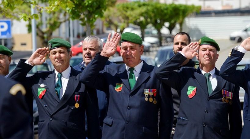 Portugueses ao serviço de França