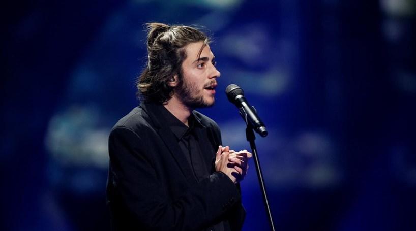 Salvador é sucesso após vitória na Eurovisão