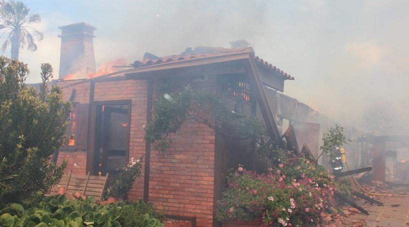 Arde casa de luxo de milionário ligado ao FC Porto