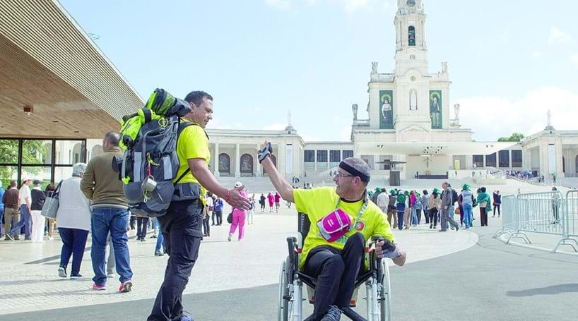 2600 km de cadeira de rodas até ao Vaticano