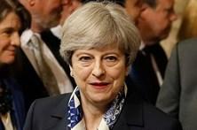 Theresa May concerta com ministros discurso sobre saída da UE