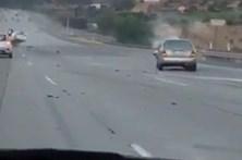 Despique ente moto e carro provoca choque em cadeia