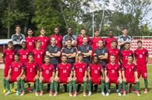 Portugal vence, mas falha objetivo das meias-finais