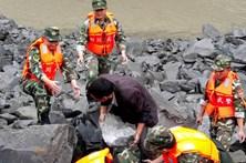 Deslizamento de terras na China faz pelo menos seis mortos
