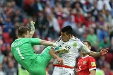 México segue para as meias-finais das Confederações com reviravolta frente à Rússia