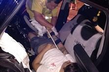 Homem morre a fazer sexo no banco de trás do carro