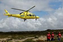 Helicóptero do INEM sem peças obriga a viajar de ambulância