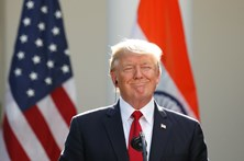 Medicamento que Trump toma contra queda de cabelo causa impotência