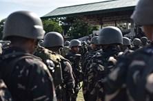 Tropas filipinas encontraram 17 corpos de civis mortos por 'jihadistas'