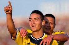 Cristian Arango reforça equipa do Benfica
