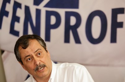 """Fenprof pondera greve por """"abusos"""" nos horários dos professores"""