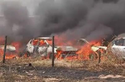 Fogo em parque de rent-a-car de Faro destrói dezenas de carros