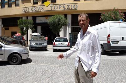 Arrumador recebe 80 € por devolver 7 mil