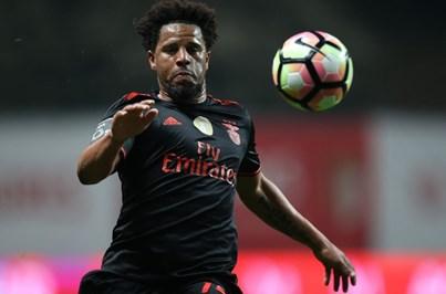 Eliseu deixa Benfica em janeiro